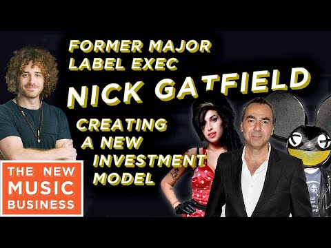 Former Major Label Executive is Creating a New Investment Model | New Music Business w Ari Herstand